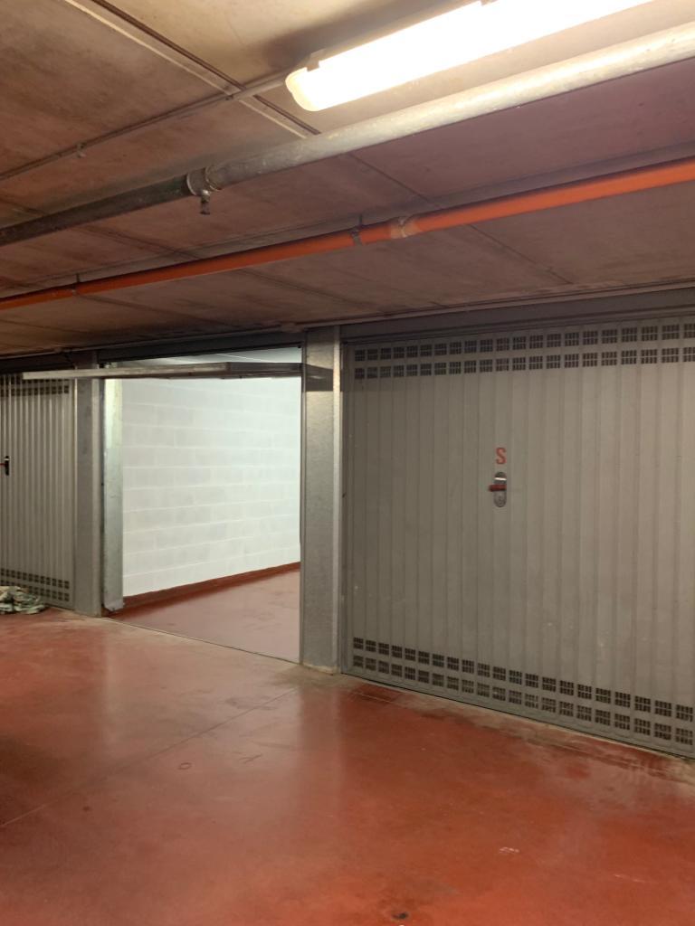 Immobile Box auto al piano sottostrada | Agenzia ...